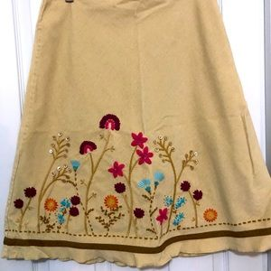 JJill skirt with embroidery and embellishments 8P